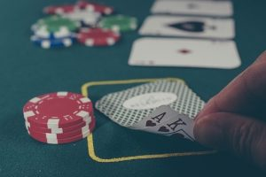 When should you hit or stay in Blackjack?