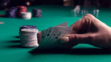 Achieve the life of a Professional Poker Player