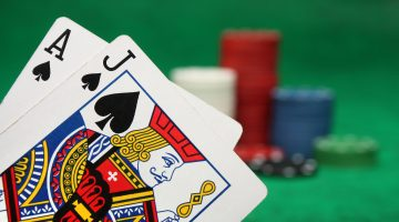 How to play different types of side bets on casino table games